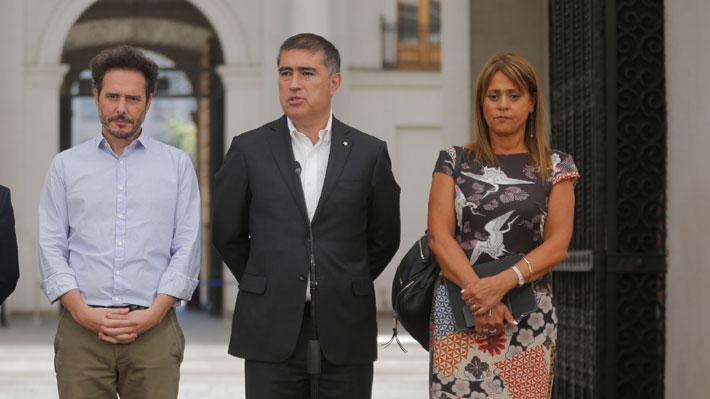 Chile Vamos no logra asegurar los votos para veto y promulgación de ley que limita reelección toma fuerza