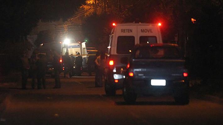 Mujer fue baleada por un desconocido que irrumpió en su casa en Puente Alto