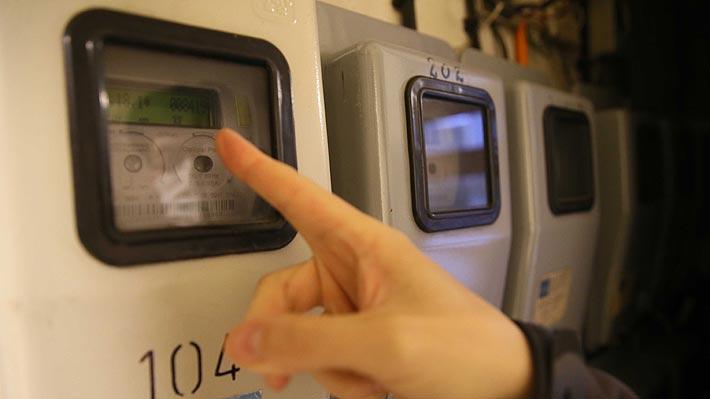 Empresas eléctricas se suman a sanitarias y extienden plan de no corte del suministro por cuentas impagas