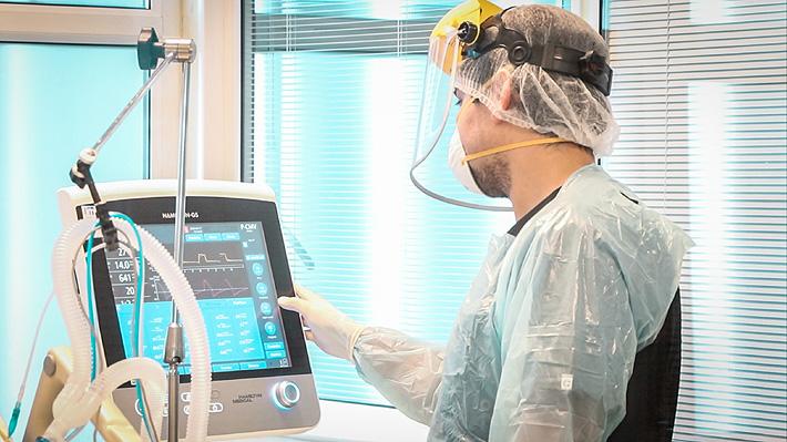 Más ventiladores disponibles y menos pacientes en UCI: Las cifras que revelan la descompresión de las unidades críticas