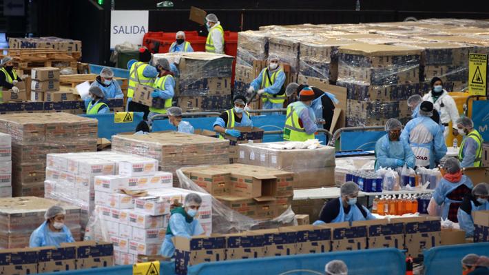 Gobierno anuncia nueva entrega de 3 millones de cajas de alimentos: La mitad serán para la Región Metropolitana
