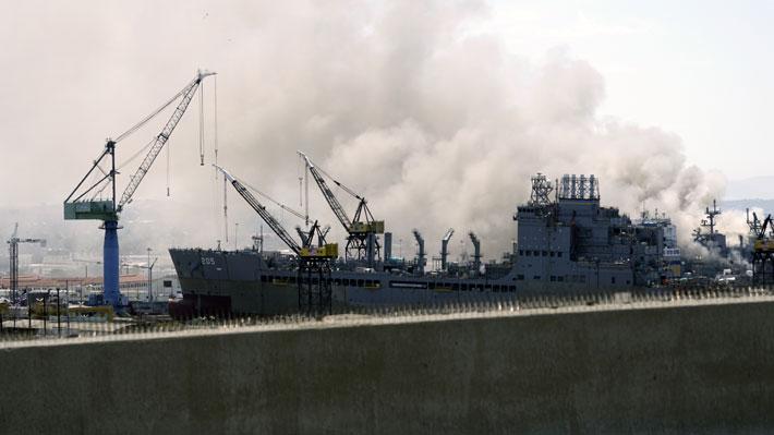 Explosión en buque de guerra de la Armada de Estados Unidos