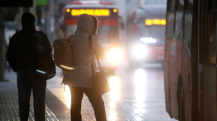 """RED adelanta horario de salida de sus últimos buses ante """"llamados a manifestaciones para esta tarde"""""""