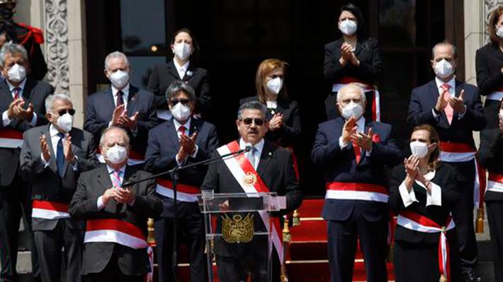Nuevo Presidente de Perú se rodea de un gabinete conservador, ex ministros  y profesionales | Emol.com