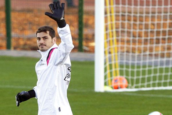 La partida de Iker Casillas del Real Madrid es inminente y su nuevo destino sería el Porto