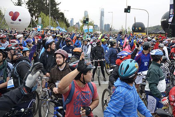 La bicicleta como transporte: Chile es líder en Latinoamérica en su uso cotidiano
