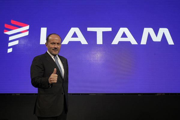 Latam Airlines amplía destinos tras sellar acuerdo comercial con American Airlines e IAG