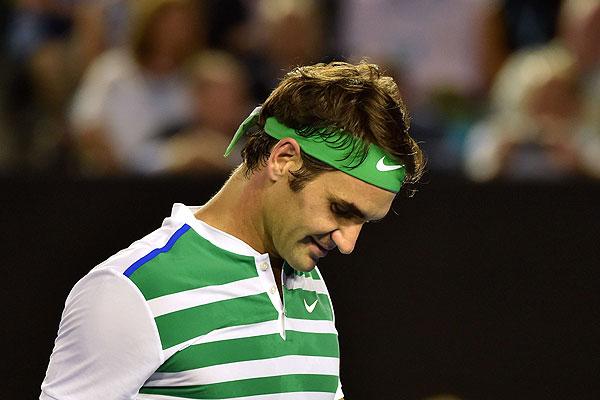 Federer fue operado con éxito de la rodilla y será baja en Rotterdam y Dubai