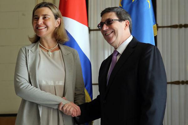 Cuba firma acuerdo con la Unión Europea para normalizar sus relaciones