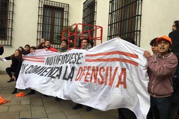 La historia detrás de la protesta estudiantil que burló la seguridad del Palacio de La Moneda