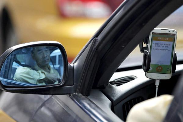 Batalla entre Uber y Didi está desatada y en juego miles de millones de dólares