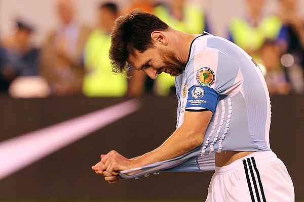 Messi renunció a la selección argentina tras perder la final: