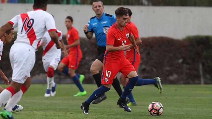 Tomás Espinoza, el volante de la Sub 17 que admira a Arturo Vidal y que ha tenido