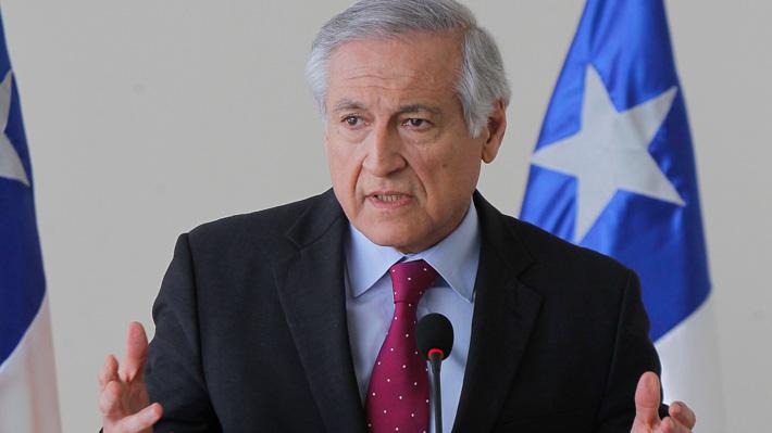 Canciller asegura que Chile otorgará asilo político a dirigente venezolano si él lo pide