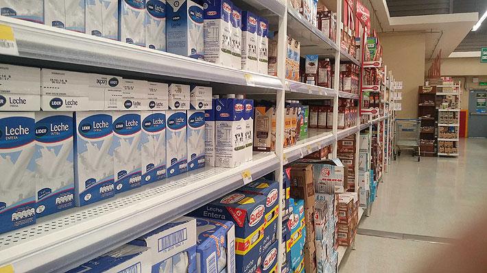 Caída en el precio de la leche provoca cierre del 30% de las plantas y baja en la masa productora