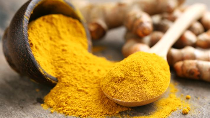 ¿Consumes cúrcuma? Conoce los peligros de abusar de esta especia famosa en la cocina india