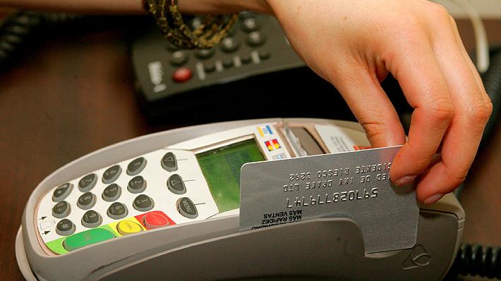 Bancos aceptan mediación colectiva con Sernac por cobros de comisiones en líneas de sobregiro