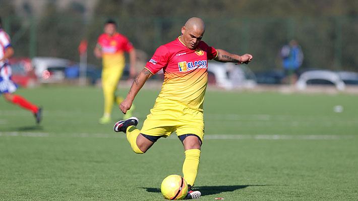 Humberto Suazo volverá al fútbol luego de confirmarse su fichaje por elenco de la Segunda División Profesional